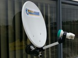 Satellite Portable Dish with Suction Mount .