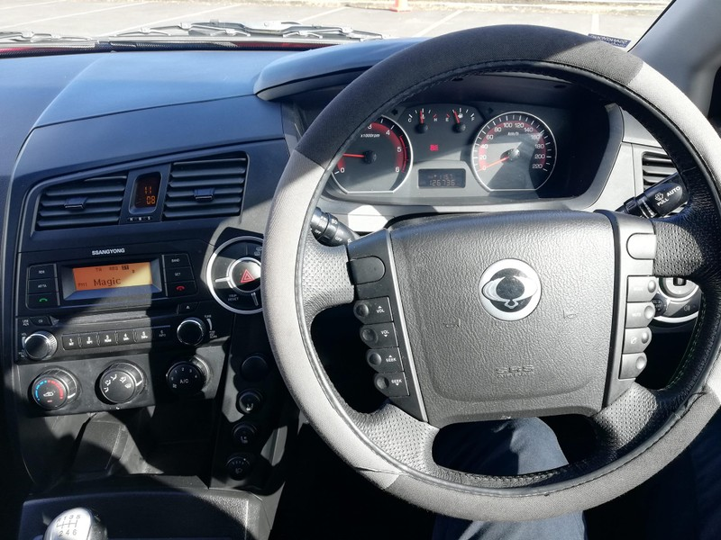 2012 SsangYong Actyon image 2