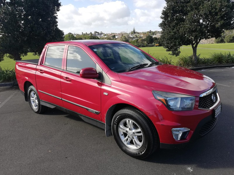 2012 SsangYong Actyon image 4