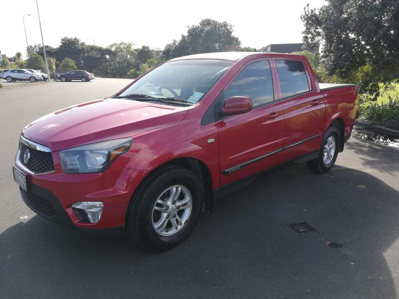 2012 SsangYong Actyon image 11