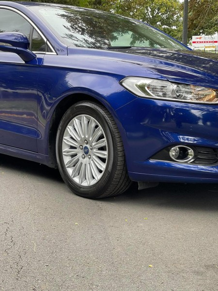 2016 Ford Mondeo image 11