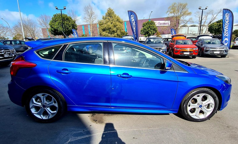 2014 Ford Focus image 10