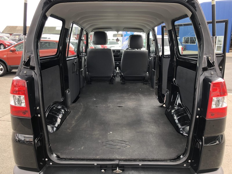 2011 Suzuki APV image 7