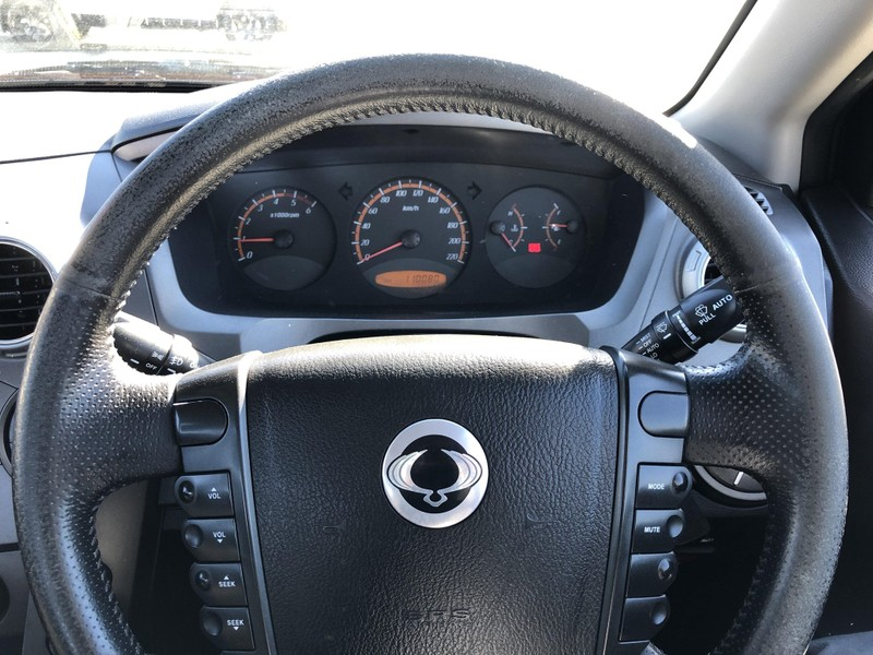 2011 SsangYong Actyon image 10