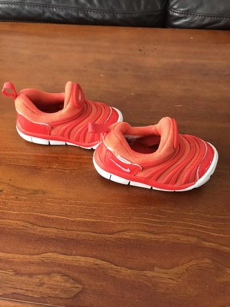 aa049d8a1e55 Nike Dynamo free kids shoes size EUR 22
