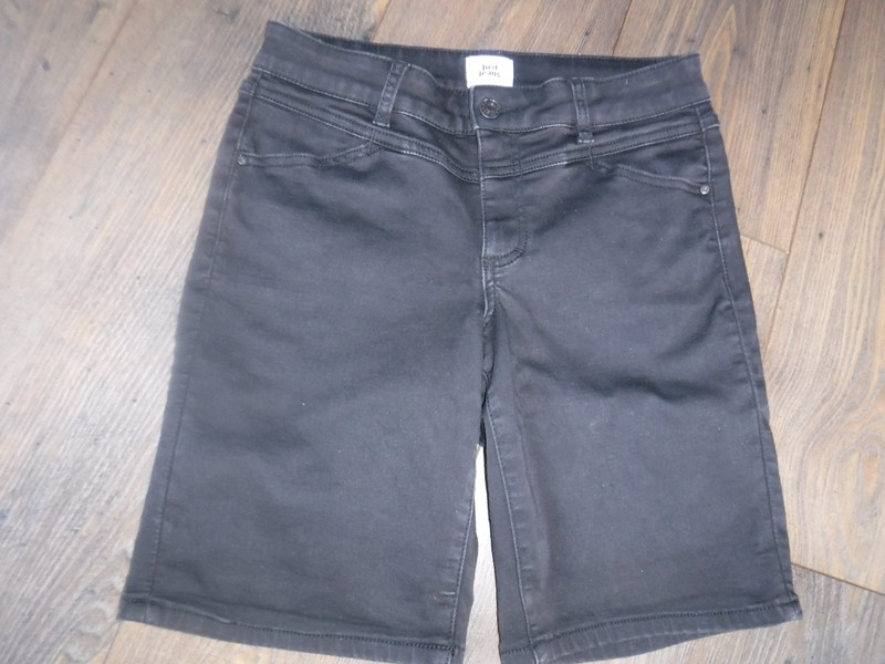 28cdf336 Denim Black Just Jeans shorts size 9 | Trade Me