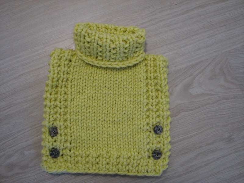 Knitted Poncho Pullover - NEW -Size 3/4 - Yellow Chunky