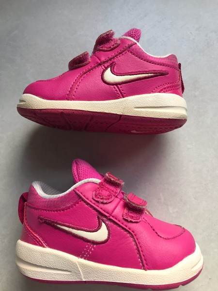 a74c4dae5e Baby Girl Nike Shoes Size 4   Trade Me