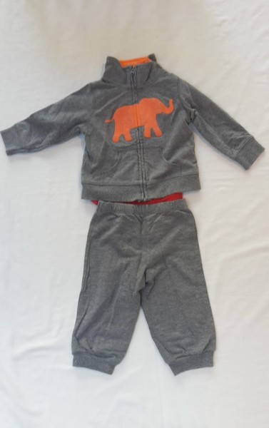 cb363b7fb Carter's Elephant Outfit Size 9 months   Trade Me