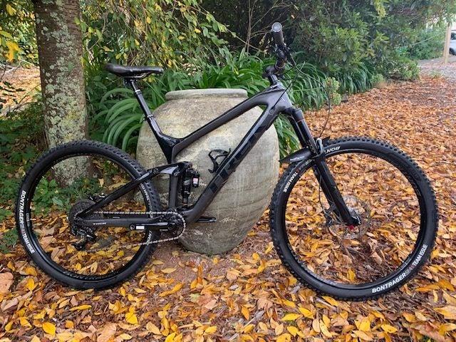 f4a738cf858 Trek Slash Mountain Bike Extra Large | Trade Me