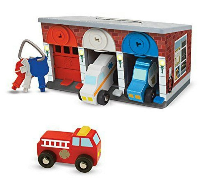 Melissa Doug Keys Cars Wooden Rescue Vehicle Garage Toy 7 Piece New