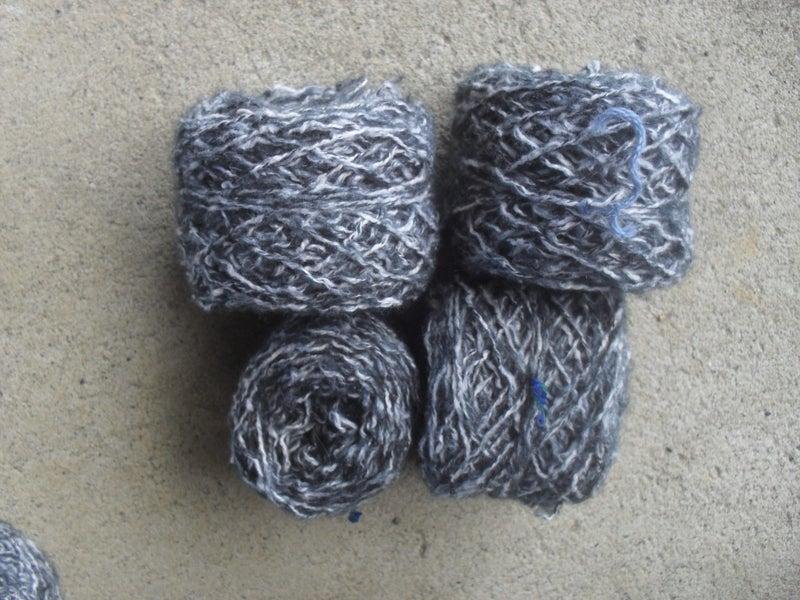wool/yarn black/white 95g ref