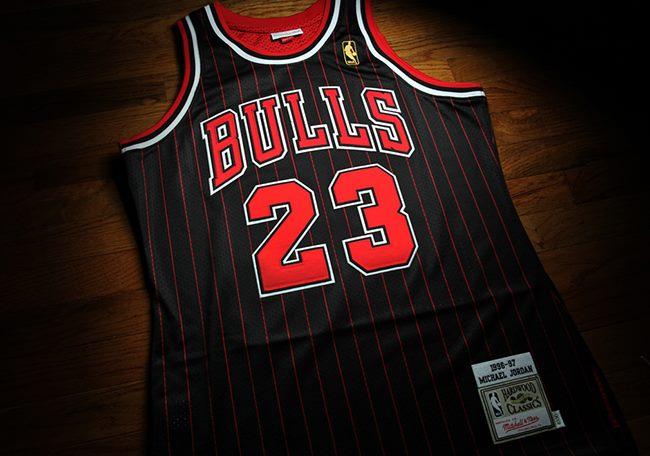 hot sale online 7b169 b089f NBA Michael Jordan Chicago Bulls Jersey