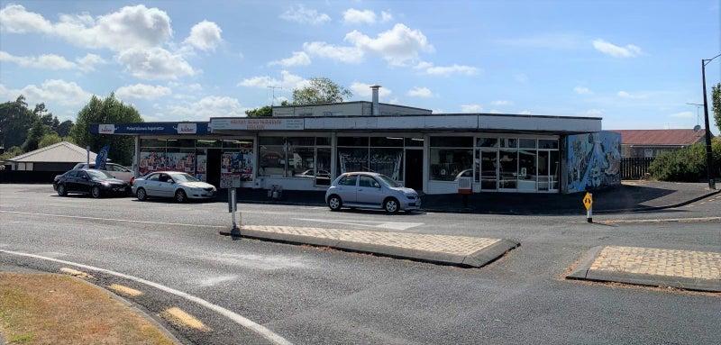 Corner Retail Block