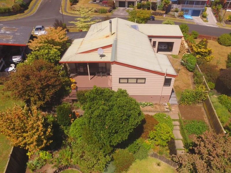 PRICE REDUCED – WE HAVE TO MOVE