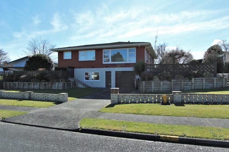 Blue ribbon home in a prestigious location