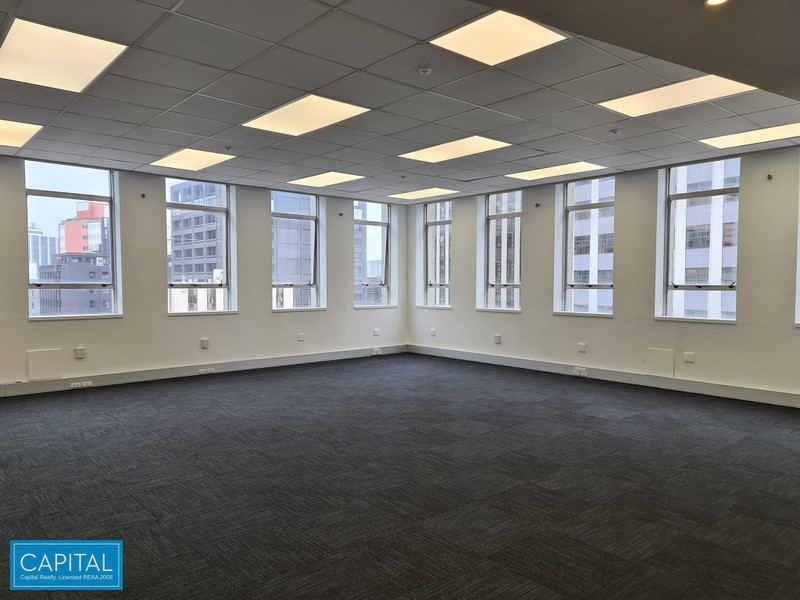 129 sqm - refurbished open plan & 2 offices