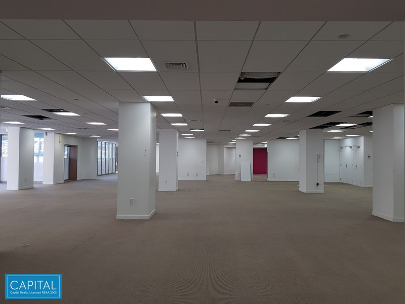 546 sqm - part Podium Floor