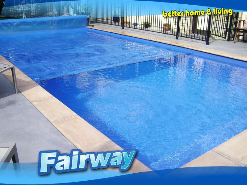 Pool cover sale! 5.5 x 11m 600mu Mega Bubble Swimming Pool cover