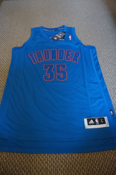 official photos 0cfbc 50f0e New Kevin Durant OKC Christmas Swingman Rare XL 2XL
