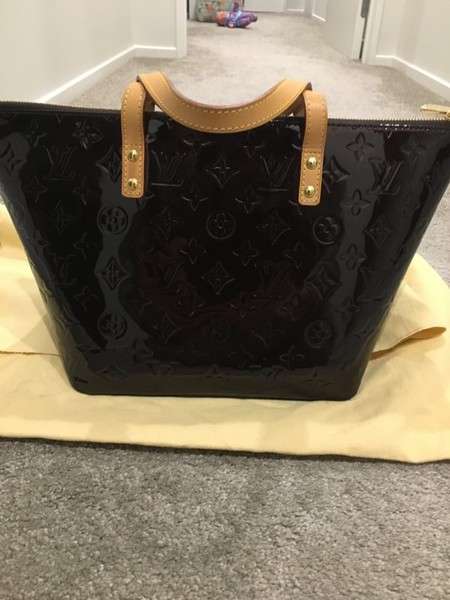 1094c549da94 Authentic Louis vuitton Bellevue PM bag