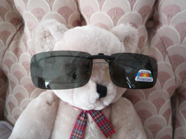 ad25daa7303 Genuine Polarised (polarized) clip on sunglasses - ideal fishing - with  sleeve