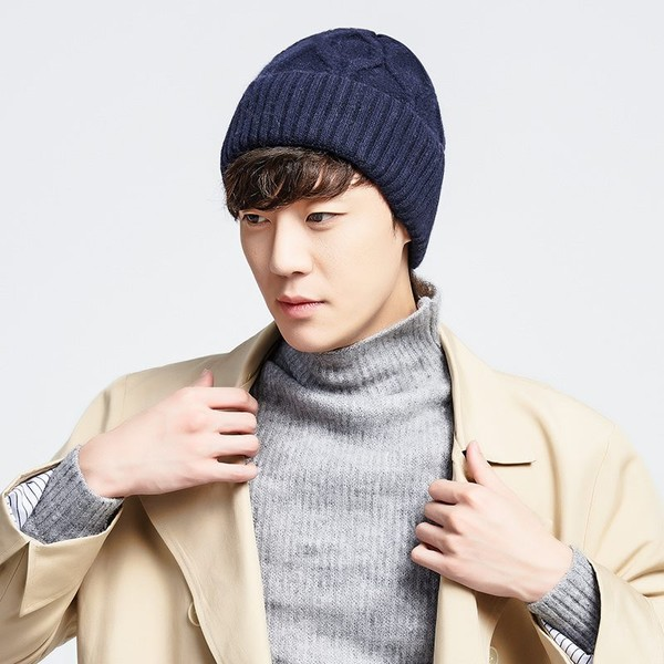 c2114329097 Autumn Winter Men Women Cycling Hats Knitted Cap Thick Warmer Hat Ladies  Beanies