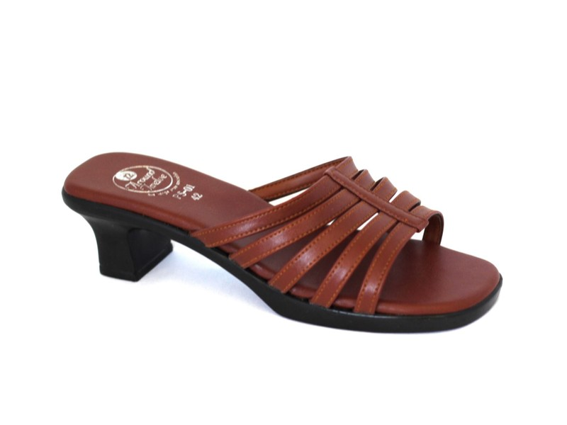 53090ccc5 Size 10 sandals CLEARANCE. black or brown different styles