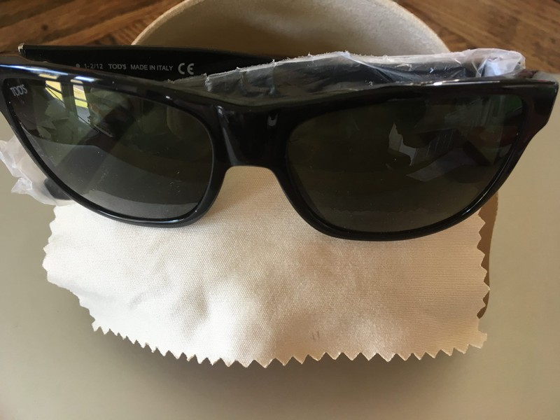 e6a80117c14d9 NEW TODS (Italy) Wayfarer Sunglasses RP 650