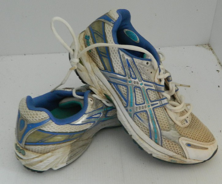 le dernier 428e3 83169 ASICS GEL GT-2110 RUNNING/SPORT SHOES US9 | Trade Me