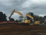 EARTHMOVING, DIGGER, POZITRACK & TRACTOR