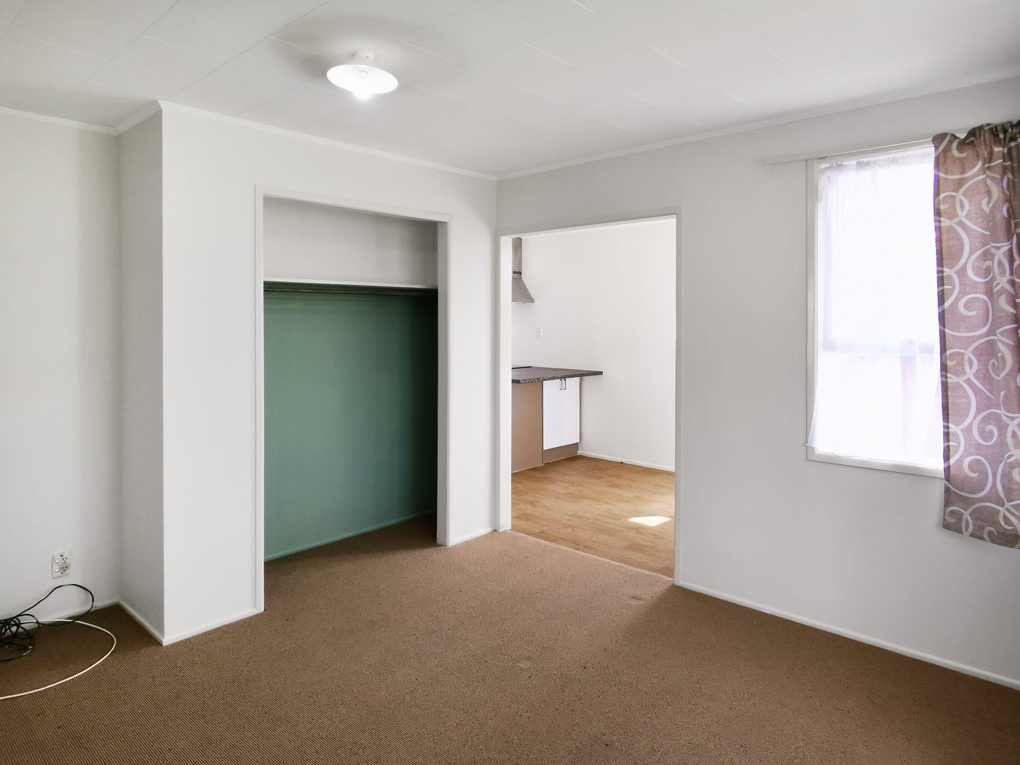Clover Park, 5 bedrooms – $700 / week