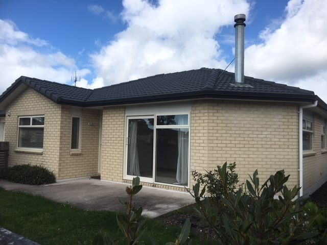 2 Bedroom 2 Bathroom Brick And Tile In Orewa Trade Me Property