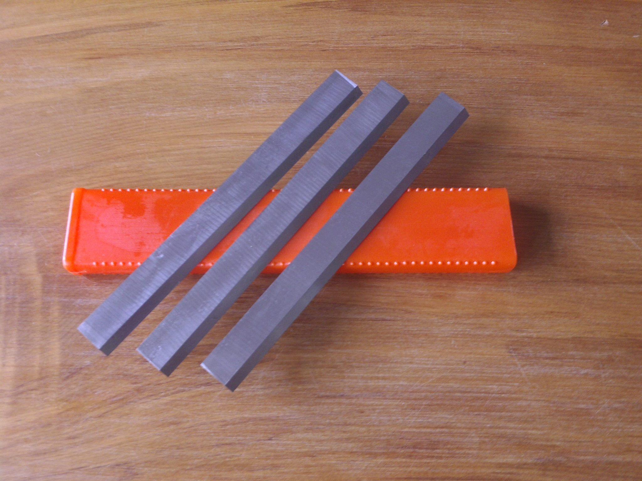 PLANER BLADES 310 X 25 X 3   12 inch