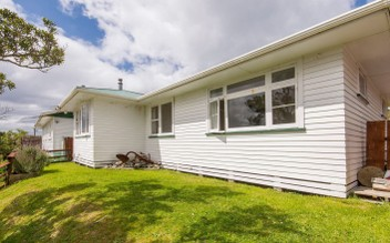 Newlands, 3 bedrooms, $575 pw