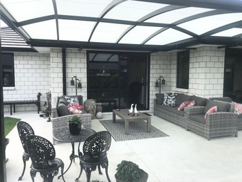 Bowranda Outdoor Roofs and Blinds