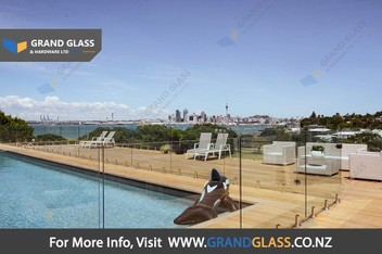Glass Balustrade / Glass Pool Fence / Glass Shower