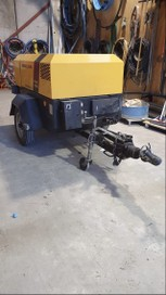 Air Compressor Portable FOR HIRE 100cfm