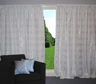 CURTAINS, BLINDS & TRACKS