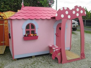 Gizzy playhouses