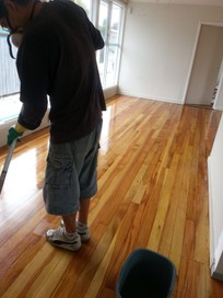 Floor Sanding (A & A Flooring)