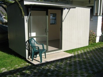Cabin, Sleep out, for rent $65 per week