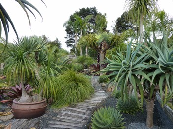 Plant Sales and Display Garden (MB 0211 48 50 52)