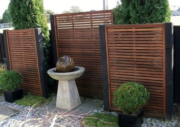 Trellis & Fencing Products & Services
