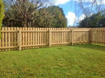 SMART FENCING - Residential Timber Fencing