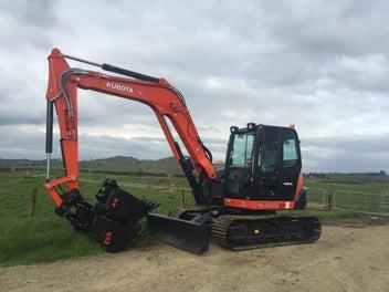 New 8 ton excavator for hire