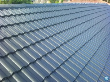 ROOF PAINT/ & waterblaster clean roof ( Auckland )