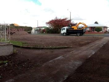 Excavations Digger & Tipper