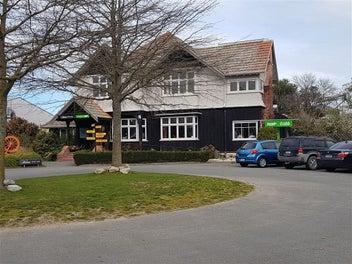 Profitable Cafe / Restaurant For Sale - Ashburton