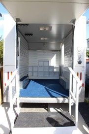 Mobile retail space trailer